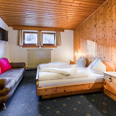 Small double room in the Hotel Lamm
