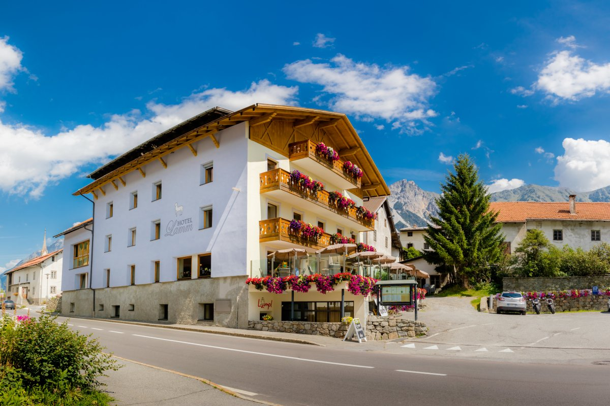 Hotel Lamm a San Valentino in estate